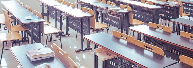 classroom-2787754_640 (1).jpg