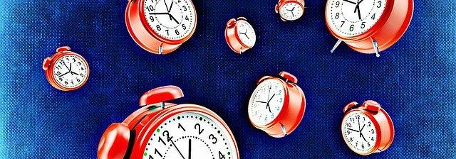clock-1392328_640 (1).jpg