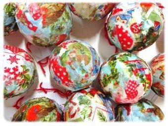 Image de Une boule de Noël avec des serviettes en papier