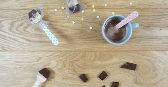 Image de Des cuillères à chocolat chaud
